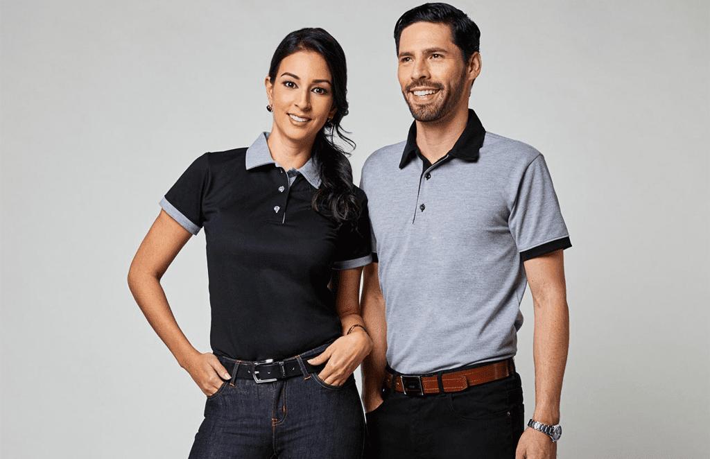 Colores de camisas en la empresa: aprende su significado